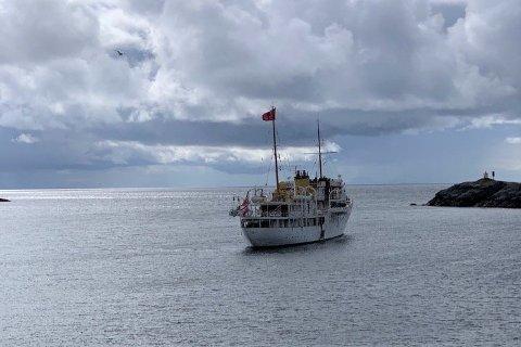 Kongeskipet var i Nusfjord i Lofoten onsdag.