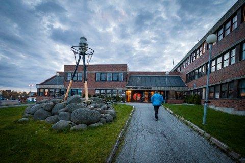 Økonomien i Vestvågøy kommune er i motbakke.