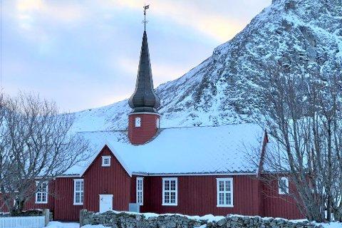 Flakstad kirke er en tømmerkirke fra 1780.