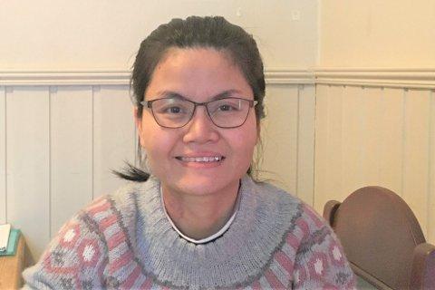 Somporn Jundorn (38) jobber som renholder ved Nordlandssykehuset. Nå har hun fått fast jobb.