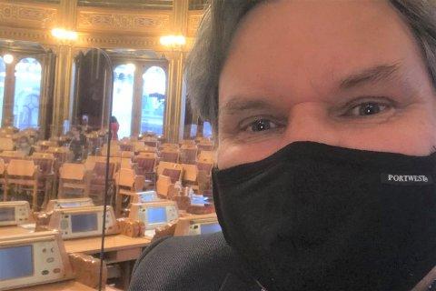 Stortingsrepresentant Jonny Finstad (H) er tilbake på jobb, etter å ha vært sykmeldt siden september.