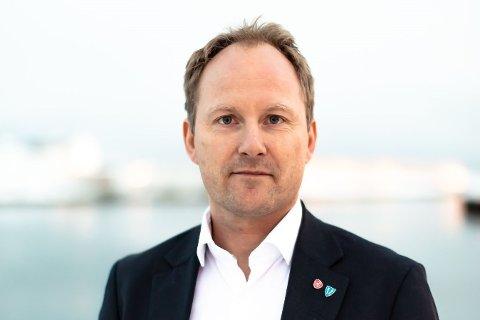 Ordfører Remi Solberg (48) er lei korona. – Jeg ser frem til en mer normal hverdag.
