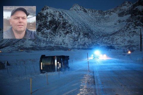 Ståle Gjerstad (53, innfelt) har kjørt buss i 30 år, men aldri opplevd å kjøre av veien. Onsdag ble den ti meter lange bussen hans kastet av veien ved E10 i Flakstad.