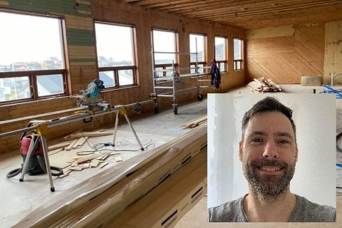 Tømrer og daglig leder Alf Inge Rasmussen (42, innfelt) og kollegaene i Rasmussen bygg er i gang med å bygge kontorlokaler til Lofoten nasjonalparksenter på Reine.