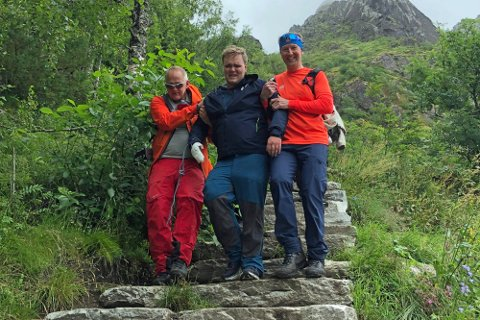 FIKK GOD HJELP: Amund fikk god hjelp til å komme seg ned av fjellet.