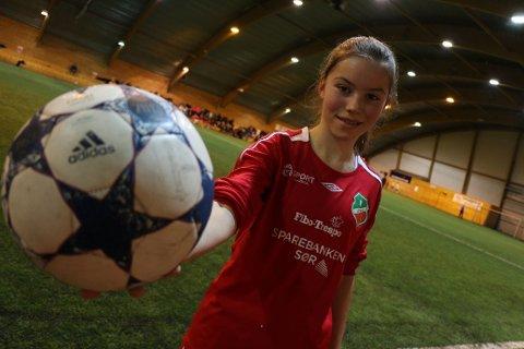 FRA START: Elise Vindheim fikk sjansen fra start i dagens landskamp i Belgia.