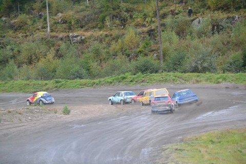 LANDSFINALE: Det blir fart, spenning og trolig dramatikk når Landsfinalen for juniorer kjøres på Konsmo denne helgen.