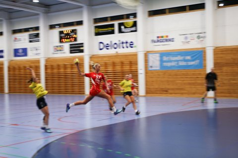 TOPPSCORER: Med ni mål ble Sara Farbrot Sakariassen både Lyngdals og kampes toppscorer.