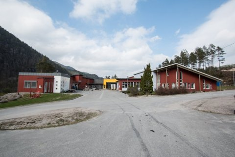 UNDER ANGREP: Det er ny usikkerhet rundt Byremo videregående skole etter at fylkesrådmann Tine Sundtoft har foreslått å legge ned andreklassen ved tømrerlinja.