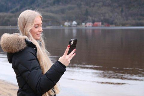TIKTOK: Flere av videoene til Rannveig Pettersen har gått viralt på Tiktok. I sommer ble en video av en fotskade sett av 1,2 millioner på appen.