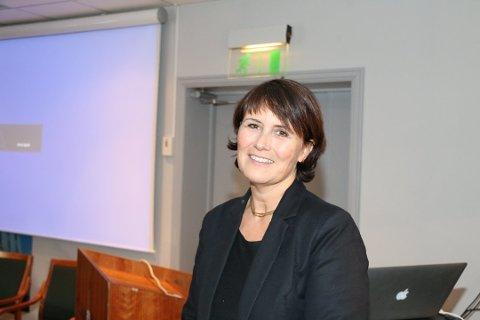 PENGER: Christiane Skage i Lister nyskapning har penger til bedriftsintern opplæring i Lister-bedrifter.