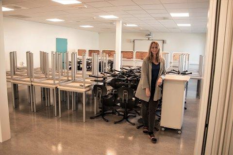 GLEDER SEG: Ingrid Alden gleder seg til å få alle eleven på plass i skolen igjen.