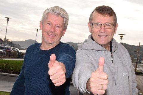 GODE RESULTATER: Glenn Tønnessen (til venstre) forteller om hvordan tallene har blitt radikalt bedre. Her sammen med lyngdølen Sten Sørensen.