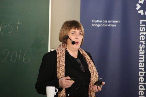MANGE SØKERE: Hilde Strømme, daglig leder i Lister Kompetanse, er fornøyd med at de har fått så mange søkere.