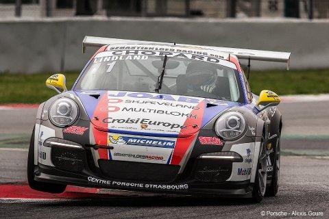 NY SEIER: Roar Lindland tok en ny seier, og økte ledelsen i Porsche supercup.