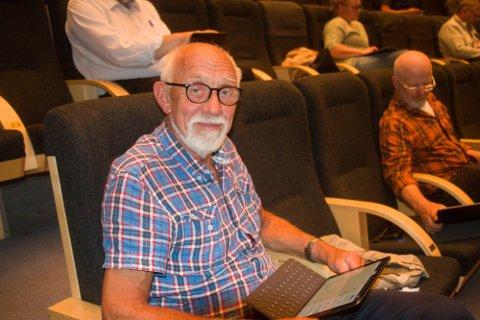 UTREDNING: Jørg Hadland, som både leder eldrerådet og sitter for KrF i kommunestyret, har selv stått for deler av utredningen av forslaget om bussrute Byremo – Lyngdal.