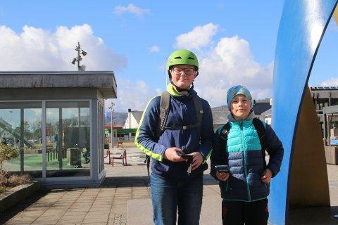 HYTTETUR: Dan Philiph Bordvik og Samuel Kroka har planer om å dra på hyttetur i ferien.