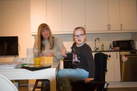 NYTT HÅP: Statsforvalterens vedtak har gitt Rakel Larsen nytt håp på datteren Leahs vegne.