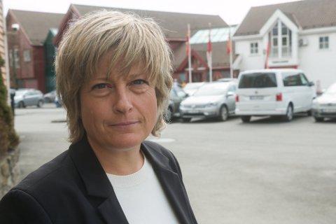 FØR SOMMERFERIEN: Politiinspektør Liv Versland Seland regner med at siste avhør i drapssaken fra Lyngdal vil være gjort før sommerferien.