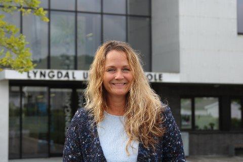 UTREDNING: Ingrid Alden sier en eventuell utredning vil ta med både kapasitet ved skolene og skyssutgifter for å vurdere om en nedleggelse av Kvås har besparelser.