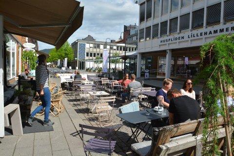 Det er mange plasser å få tak i kaffe og kake i Lillehammer.
