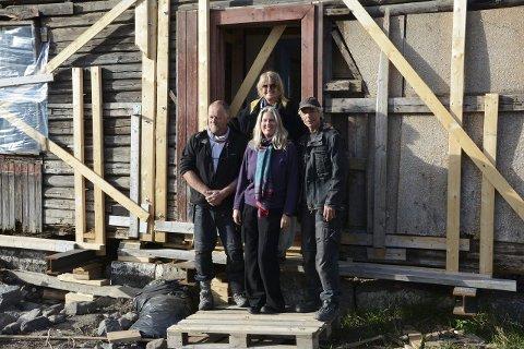 Klare for løft: Marianne Heske (bak) med viktige bidragsytere. Foran fv: Tom Kristiansen, Hedvig Skjørten og Andre Holdt.