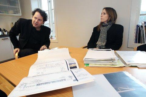 Spennende planer: Punkt Ø-direktør Dag Aak Sveinar og pressekontakt Maria Havstam gleder seg til sommerens biennale.