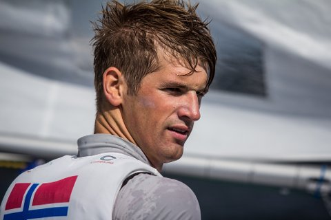 Mathias Mollatt fra Moss seilforening hadde en god dag i verdenscupregattaen på Mallorca på tirsdag.
