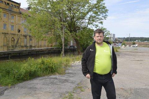 AKTIVITET: Venstres Sindre Westerlund Mork vil ha et grønt område som brukes av mossingene.