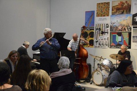 Flere kandidater: Arne Dybdahl og Trond Bull-Hansen har jazzet gratis på Alby i over hundre konserter. Det fikk de pris for i fjor. Nå trenger Klubb1-styret nye kandidater.