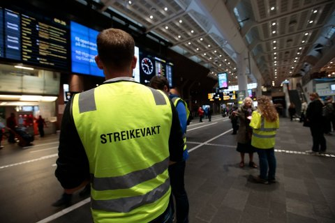 EN MÅNED: Fire uker etter at streiken starter, er partene i dag i møte hos Riksmekleren.
