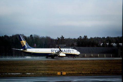 Mange håper at Ryanair vil snu på dagens pressekonferanse og beholde Moss lufthavn Rygge som baseflyplass. Det er flyplassens siste håp om å overleve.