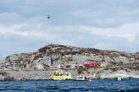 Et helikopter med 13 personer om bord styrtet like ved Turøy fredag.