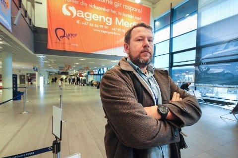 Reagerer: Bjørn Petter Jensen registrerer at det i regjeringskvartalet snakkes om lojalitet til Stortingets beslutning. Selv etterlyser han dét. foto: Espen Vinje