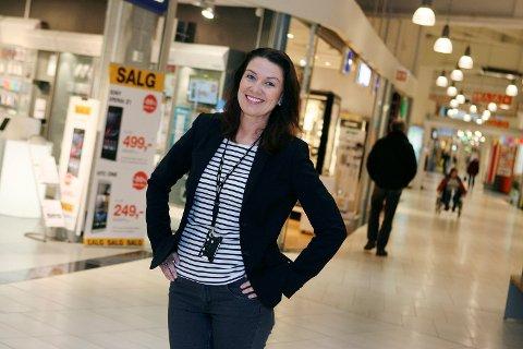 Kristin Herje Strømme forteller at Mosseporten har økt omsetningen hver måned i år.
