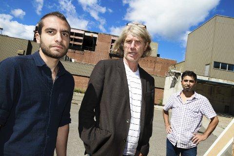 Samarbeider: Morten Didriksen (i midten), som arrangerer Festivalen Sin, samarbeider med syriske flyktninger fra Moss Voks. Begge foto: Silje Louise Waters