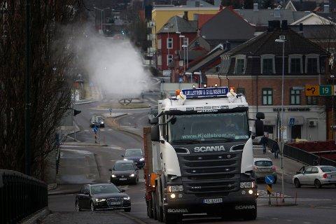 Politikerne vil vurdere tiltak, og dieselforbud, som Oslo innførte i går, kan være et av dem.
