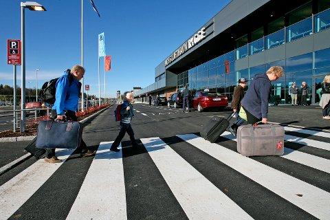 INGEN AVTALER: Tross rykter så har ennå ingen flyselskaper signert flyvninger på Rygge.