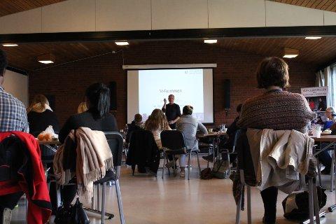 KURS: Bildet er fra et kurs for å bedre den flerkulturelle kompetansen blant ansatte i Våler. Det er altså ikke tatt fra opplæring av samfunnskunnkap eller norsk for innvandrere.