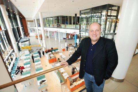 Ståle Løvheim, sentersjef for Nordby Shoppingcenter, styrer mot nye rekorder i 2017. Foto: Stein Johnsen/Halden Arbeiderblad