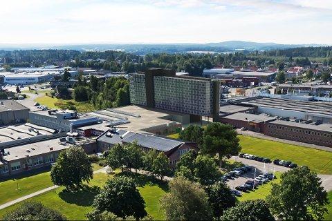 HOTELL PÅ HØYDA: Slik så man en gang for seg et nytt konferansehotell på Høyda med 250 rom. Nå er planene å bygge et mer tilpasset byhotell på maks 150 rom.