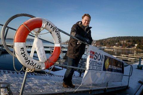 TIL TOPPS: Havnesjef Roger Finstad er kåret til Årets havnevert i regi av magasinet Båtens Verden. Det betyr at også gjestehavna seiler helt til topps.