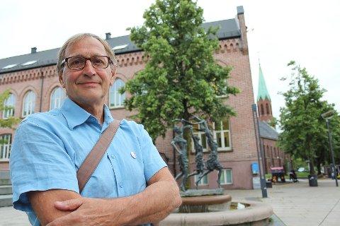 Rødts Eirik Tveiten minner Ny Kurs om at det etter valget vil finnes en politisk hverdag der politiske beslutninger fattes.