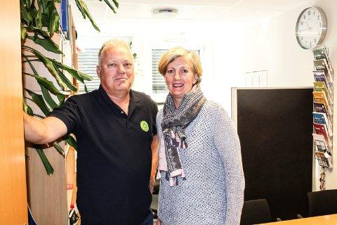 PÅ RETT VEI: Hovedverneombudene Nils Jørgen Kraft og Elisabeth Braaten hilser de nye rutinene velkommen.