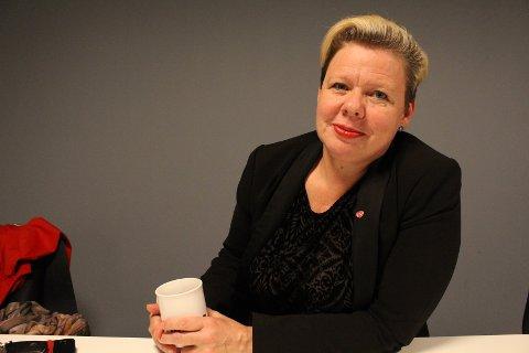 GARANTI: Siv Henriette Jacobsen ber staten stille med garanti for at AIM får flyttet til Rygge.