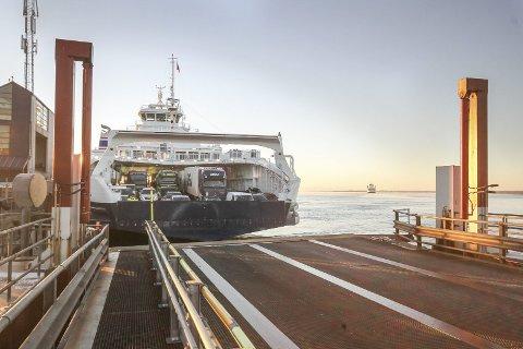 ENIGHET: Bastø Fosen og Fjordkraft har kommet til enighet om en avtale som strekker seg fem og et halvt år fra den trer i kraft fra neste år.