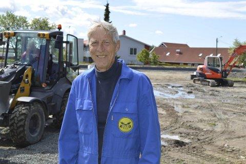 TRAGISK: Alf Haugen mener det er tragisk dersom man raserer et område med nye boliger for å gjøre plass til en togparkering.
