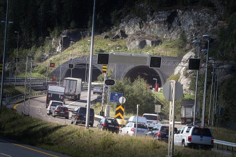 GJENÅPNET: Nå er denne tunnelen åpen for trafikk igjen - i begge retninger.