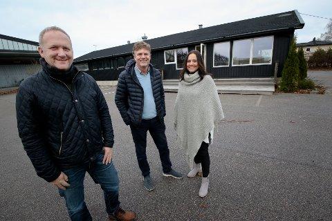 Thomas Thorkildsen (f.v.), Siv Holder og Jon Sæther Storli (Enata Eiendom AS).