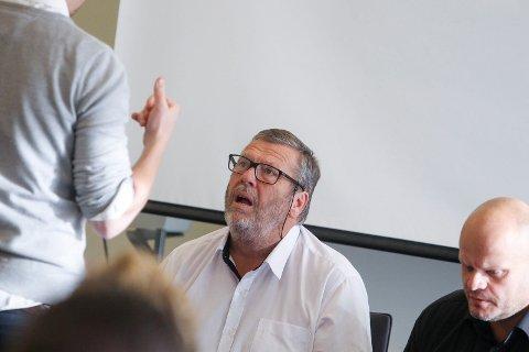 Heftig: Det gikk hett for seg i Vestby kommunestyre. Her  ordfører Tom Anders Ludvigsen (Ap) og rådmann Sjur Authen.